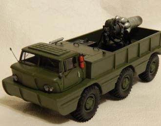 Сборная модель Экспериментальный вездеход ZIL-132П (1969) открытый с двигателем в кузове (испытания)