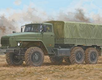 Сборная модель Уральский грузовик 4320
