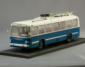 ЗИУ 5 троллейбус (1961-1969), сине-зеленый