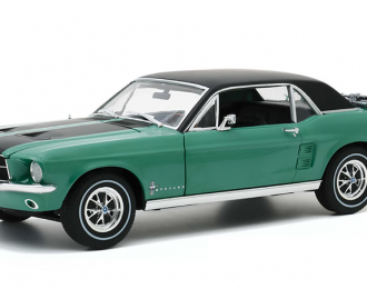 """FORD Mustang Coupe """"Ski Country Special"""" 1967 Loveland Green"""