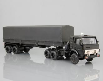 КАМАЗ 5410 с полуприцепом и тентом, черный