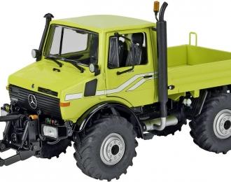 MERCEDES-BENZ Unimog U1600, light green