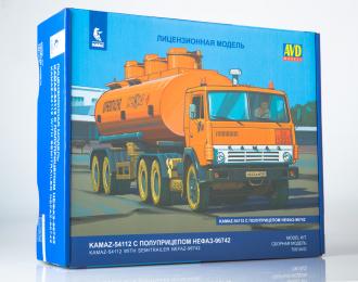 Сборная модель КАМАЗ-54112 с полуприцепом НЕФАЗ-96742