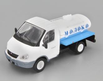 Горький 3302 Молоковоз, Автомобиль на службе 46, белый