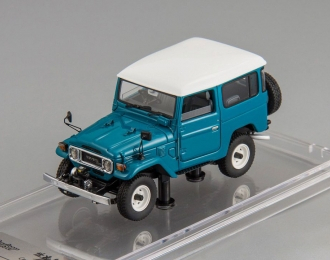 Toyota Land Cruiser 40 (rustic green / white roof)