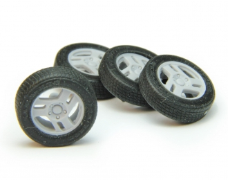 "Набор колес для ВАЗ-2121 (диск КРАМЗ ""Магнум"", резина КАМА-232)"