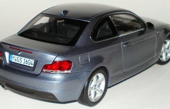 BMW 1er Coupe E82 (2007), cristall blue metallic