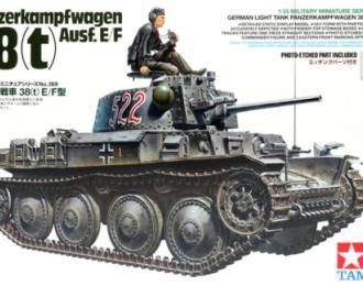 Сборная модель Танк PANZER 38(T) AUSF.E/F (немецкая армия) с фигурой танкиста