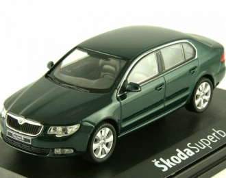 SKODA Superb II (2008), amazonian green metallic