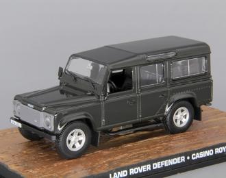 LAND ROVER Defender Casino Royal (2006), dark green