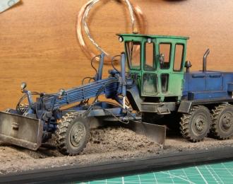 ДЗ-143 автогрейдер (сине-зеленый пыльный)