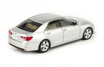 "TOYOTA Mark X 250G Late ""F Package"", silver"
