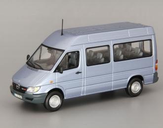MERCEDES-BENZ Sprinter Classic Bus, pearl blue