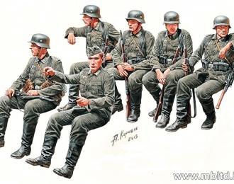 Сборная модель Германская пехота на марше, 2МВ