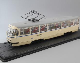 Трамвай Tatra T4 Leipziger Transport Service Tram, biege