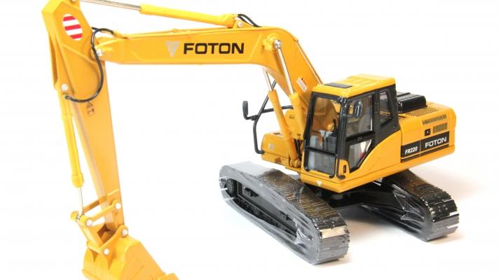 Экскаватор FOTON Lovol FR220, желтый