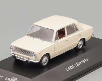 LADA 1200 Sedan (1970), cream