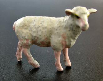 Фигурка Овца (окрашенная). Вариант 2