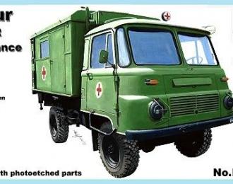 Сборная модель Немецкий санитарный автомобиль на шасси Robur LO 2002