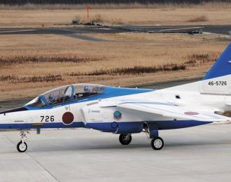 "Сборная модель Kawasaki T-4 ""Blue Impulse 2016"""