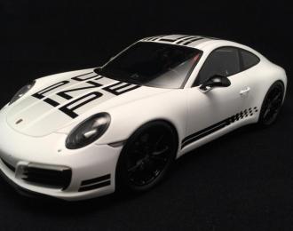 Porsche 911 Carrera S Endurance Racing Edition 2016 белый с черным