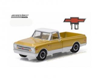 CHEVROLET C-10 Pickup Truck (1968), gold / white
