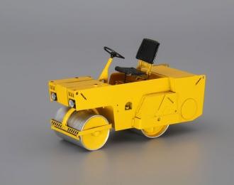 Каток дорожный ДУ-54, желтый