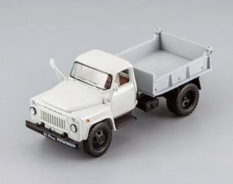 Саранский самосвал 3504 (1975), серый