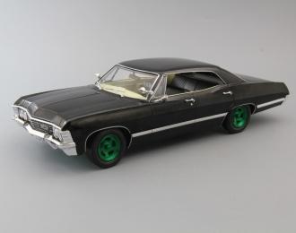 """CHEVROLET Impala Sport Sedan с открывающимся багажником (из телесериала """"Сверхъестественное"""") 1967 Black (Greenlight)"""