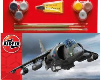 Сборная модель Британский штурмовик Harrier GR.1 (Подарочный набор)