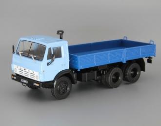 КАМАЗ-5320 бортовой, Грузовики СССР 24, голубой