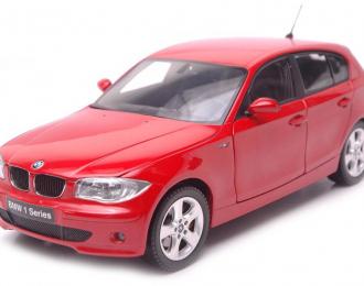 BMW 120i, red