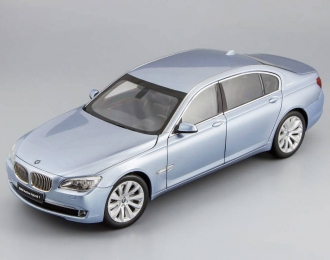 BMW 7 Series Active Hybrid, Blue Water Metallic Interior, blue water metallic