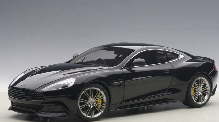 Aston Martin Vanquish 2015 (onyx black)