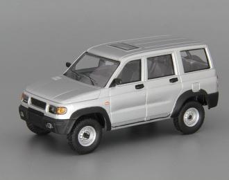 УАЗ 3162 Симбир (2000-2005), Автолегенды СССР 224, серебристый