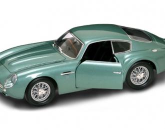 ASTON MARTIN DB4 Zagato (1961), Road Signature 1:18, зеленый