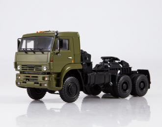 Камский грузовик 65225 седельный тягач, хаки