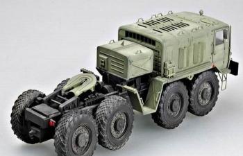 Сборная модель МАЗ-537 седельный тягач (удлиненная кабина)