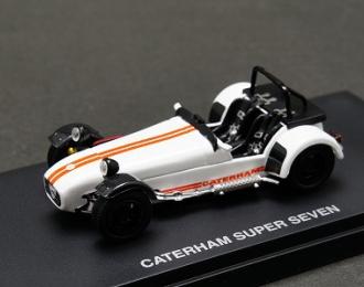 CATERHAM Super 7, white cycle fender