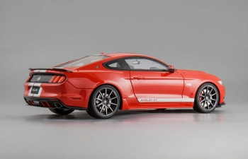 Ford Mustang Shelby GT (race red)