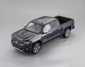 Chevrolet Silverado Centennial Edition 2018 (blue)