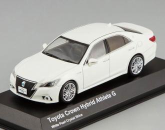 Toyota Crown Hybrid Athlete G (white pearl crystal)