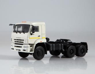 КАМАЗ-65225 седельный тягач, белый