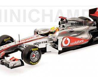VODAFONE McLaren Mercedes MP4-26 №3 (Lewis Hamilton) 2011, silver