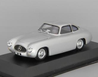MERCEDES-BENZ 300 SL (1952), silver