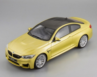 BMW M4 Competition Package (austin yellow)