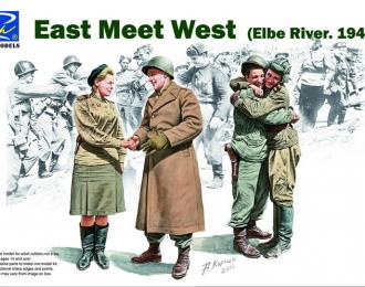 Сборная модель East Meet West (Elbe River 1945) (Встреча на Эльбе, 1945 год)