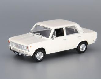 FIAT 125P Polski Kultowe Auta 12, beige