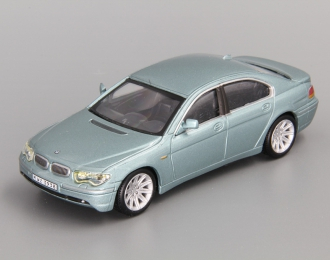 BMW 7 Series, light green