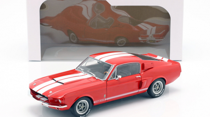 SHELBY Mustang GT500 (red)